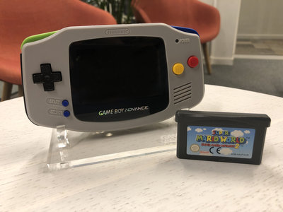 Gameboy Advance Limited SNES Edition + Super Mario World