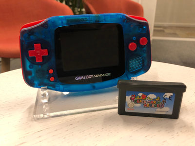 Gameboy Advance Limited Mario Edition + Super Mario Advance