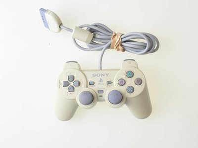 Playstation 1 Original Sony Dual Shock Controller - Playstation 1 - Outlet