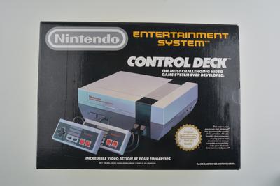 Nintendo [NES] Console Premium [Complete]